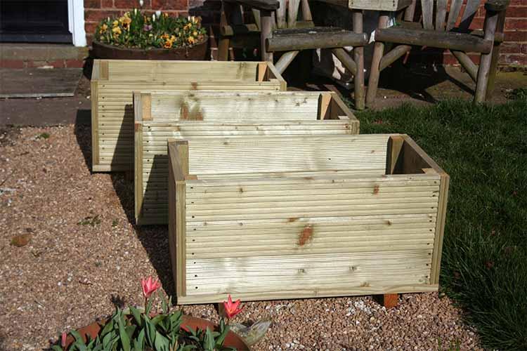 Wooden Planters | Gardenerspath.com