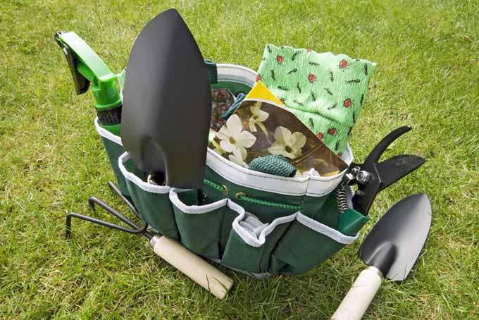 Gardening Tote Bag Cover | GardenersPath.com