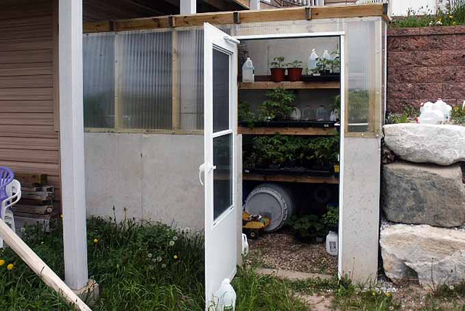 eSeason Extension Roundup: Greenhouse Building Tutorial