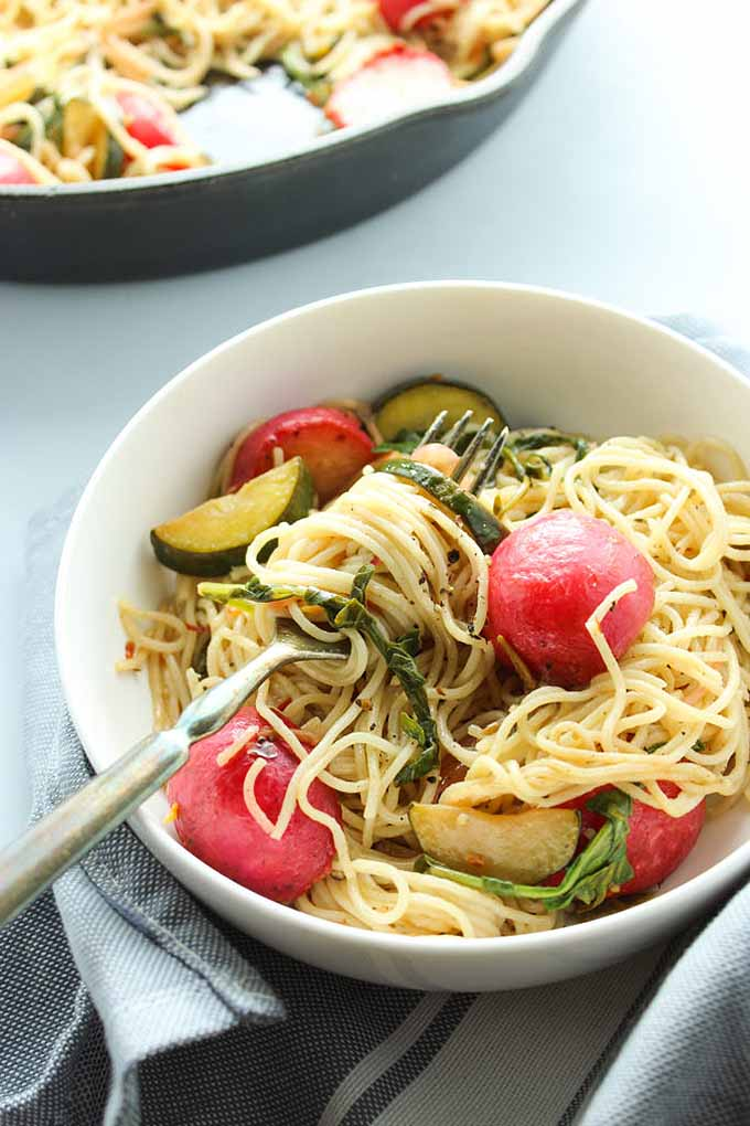 Vegan Garlic Lemon Spring Pasta with Pan-Roasted Radishes | GardenersPath.com