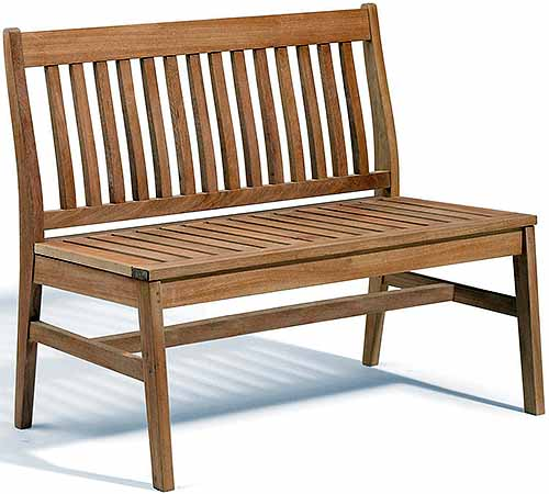 Wood Bench for the Backyard | GardenersPath.com