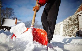 Top rated snow shovels to get through the winter. | GardenersPath.com