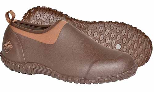 Muck Boots brand Muckster II men's brown garden shoes, isolated on a white background.