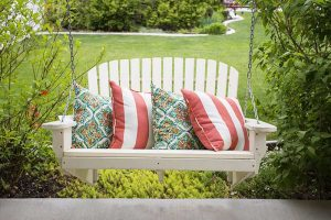 11 of the Best Porch Swings for Your Outdoor Space