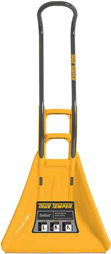 A close up vertical image of the True Temper SnoBoss Ergonomic Poly Combo Shovel isolated on a white background.